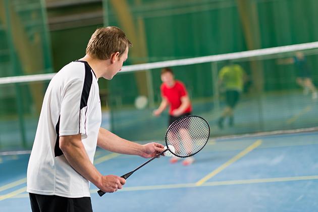 Cách chơi cầu lông hỗ trợ chúng ta phát triển chiều cao tự n