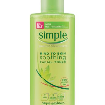 Nước hoa hồng Simple Soothing Facial Toner 200ml